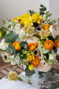 Bouquet printanier Hellebore